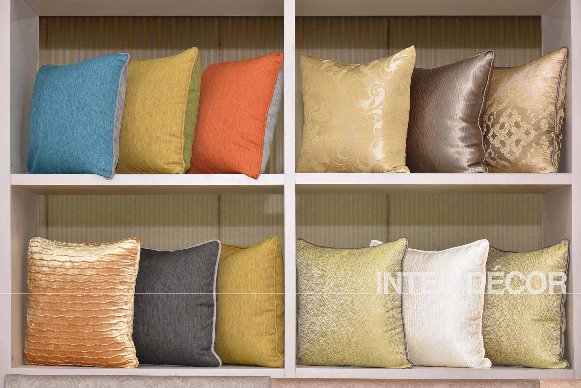 Duvets & Covers, Pillows & Covers, Throw Pillows for Hotels Malaysia Singapore